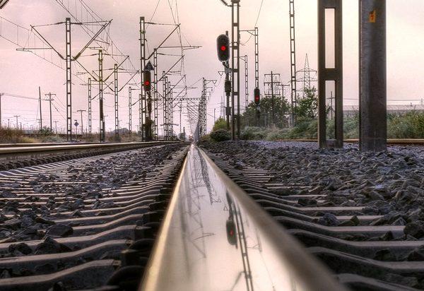 σιδηροτροχιά τρένο