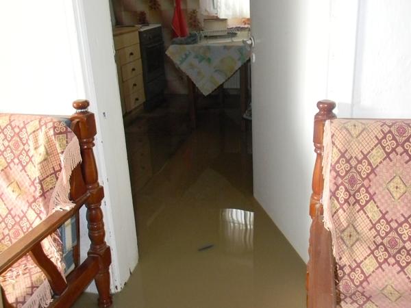 Αγκαθιά, πλημμυρισμένο σπίτι 3