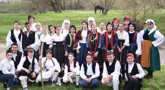 θεατρική ομάδα του 2ου Γυμνασίου Αλεξάνδρειας