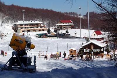 Χιονοδρομικό 3 - 4 Πηγάδια Νάουσα