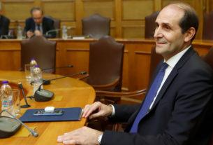 """Βεσυρόπουλος για προϋπολογισμό 2021: """"φορολογικά έσοδα από την ανάπτυξη - κανένας νέος φόρος"""""""