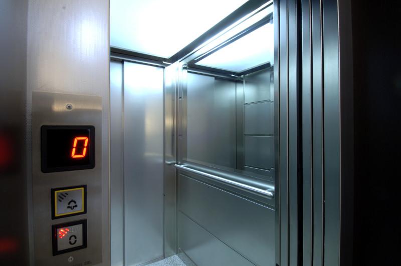 Δήμος Αλεξάνδρειας: όλοι οι ανελκυστήρες πρέπει να έχουν πιστοποίηση ελέγχου