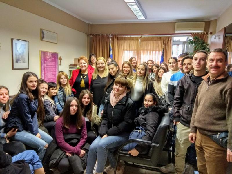 Τους πρώτους πιστοποιημένους ανανήπτες μαθητές υποδέχθηκε η Διευθύντρια Δευτεροβάθμιας Εκπαίδευσης Ημαθίας