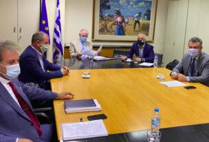 Συνάντηση Τσαβδαρίδη και άλλων βουλευτών της ΝΔ με τον πρόεδρο του ΕΛΓΑ