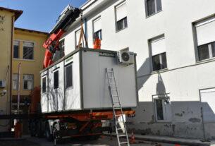 Προκατασκευασμένοι οικίσκοι σε νοσοκομεία της Κ. Μακεδονίας από την Περιφέρεια