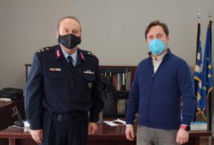 Συνάντηση του δημάρχου Νάουσας με τον νέο αστυνομικό διευθυντή Ημαθίας