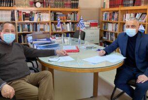 """Για το πρόγραμμα του ΥΠΑΑΤ """"Αλιεία και Θάλασσα"""" συζήτησαν Τσαβδαρίδης και Αραμπατζή"""