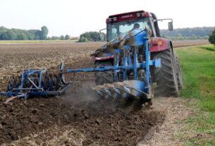 Στις 22 και 23 Απριλίου οι εξετάσεις για χειριστές αγροτικών μηχανημάτων