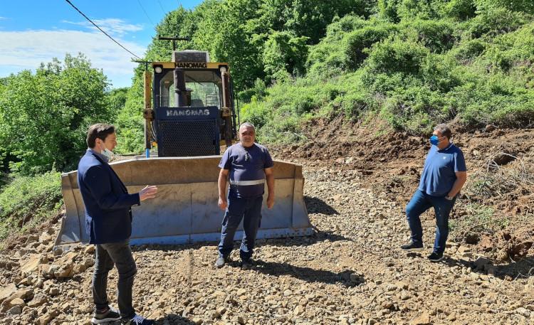 """Ολοκληρώνονται οι εργασίες αποκατάστασης του δρόμου στους """"Mύλους"""""""