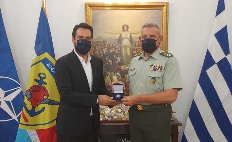 Με τον αρχηγό ΓΕΕΘΑ συναντήθηκε ο Τ. Μπαρτζώκας